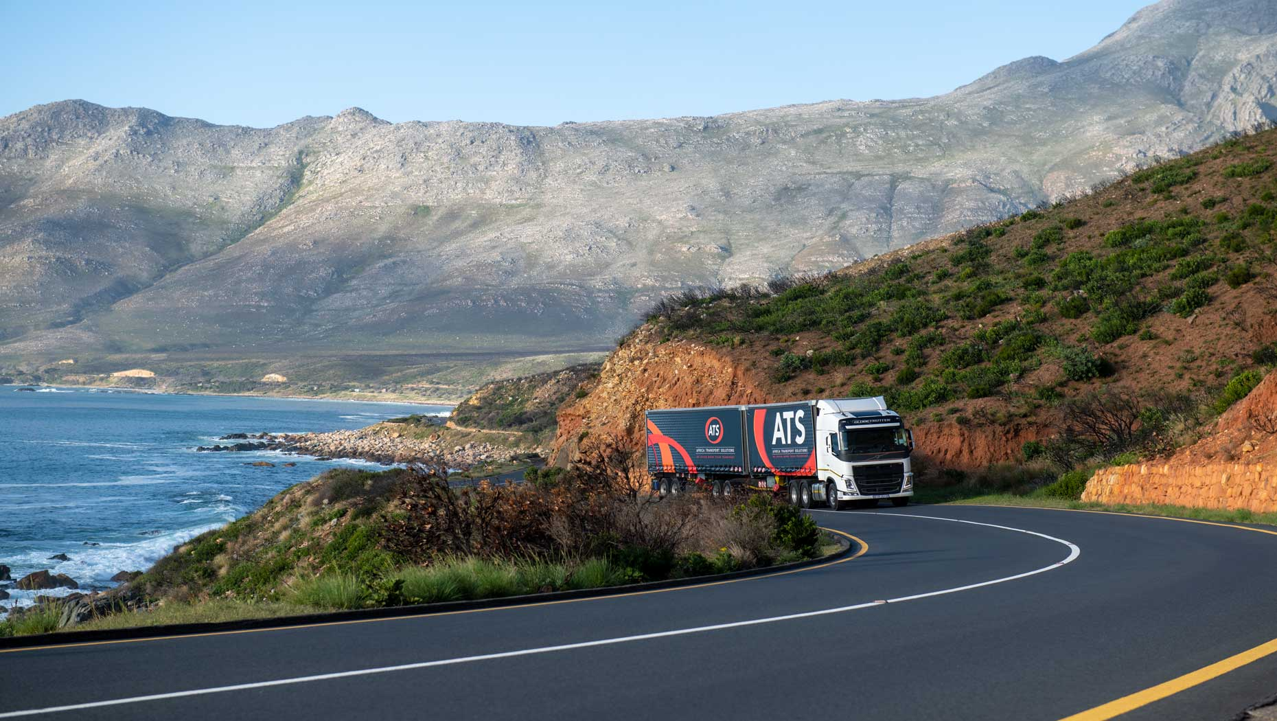 The Volvo FH with Volvo Torque Assist on the road in Cape Town, South Africa